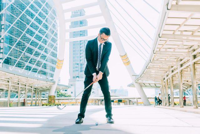 Sport de businessman: pour des rencontres B2B innovantes