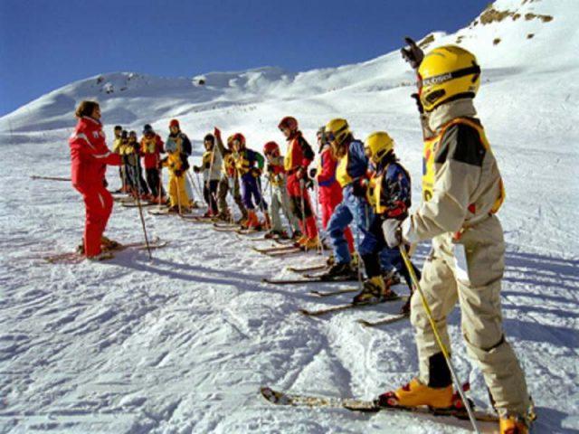 Aperçu sur 3 atouts éducatifs de la classe de neige