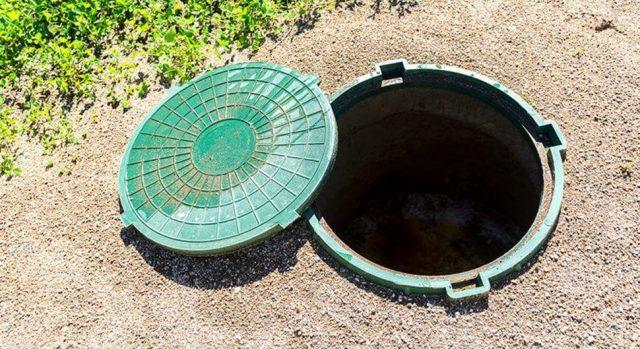 Quelques signes pour savoir qu'il est temps de nettoyer la fosse septique